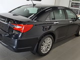 Chrysler 200 2012 Limited, cuir, toit ouvrant, bluetooth