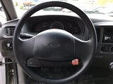 Ford F-150 series 1999 XL BOITE 8 PIED TRÈS PROPRE BAS KILOMÉTRAGE