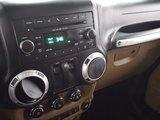 Jeep Wrangler 2011 SAHARA, toit souple, air conditionné