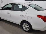 Nissan Versa 2012 SL, régulateur, bluetooth, air conditionné,