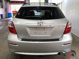 Toyota Matrix 2011 1.8 L  MANUELLE 5 VITESSES- A/C - HITCH!