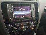 Volkswagen Jetta Sedan 2017 Wolfsburg clé intelligente, toit ouvrant, mags