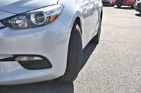 2017 Mazda Mazda3 GX w/Convenience Package & Bluetooth