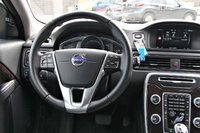2016 Volvo XC70 T5 AWD Premier w/ Lane Departure, BT, Front Collision Warning