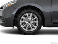2018  Mazda3 SE | Photo 3