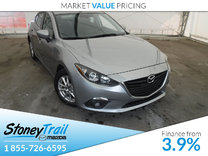 2014 Mazda Mazda3 GS- MOONROOF! ONE OWNER! LOW MILEAGE!