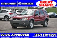 2005 Ford Escape XLT AWD V6 *Low Mileage*