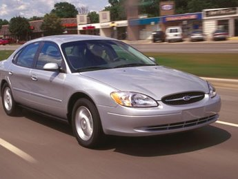 Ford Taurus 2001 LX + TRES PROPRE + SEULEMENT 133000KM