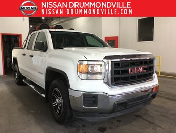GMC Sierra 1500 2015 DOUBLE CAB V6 4X4 - HITCH - MARCHEPIEDS - MAGS !!