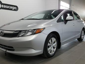 Honda Civic Sdn 2012 LX automatique, climatisation, régulateur