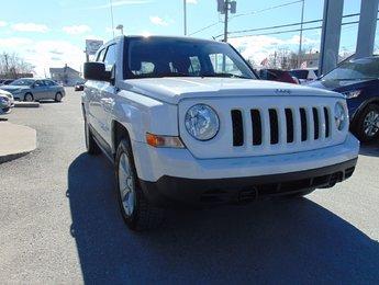 Jeep Patriot 2011 North / 4X4 / Bas Millage