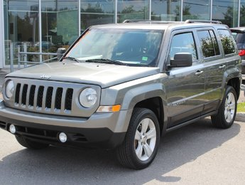 Jeep Patriot 2012 NORTH*AUTO*AC*CRUISE*TOIT*SIEGES CHAUFF*GR ELEC