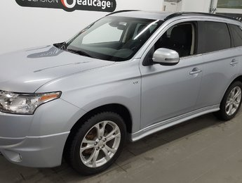 Mitsubishi Outlander 2014 V6 GT, AWC , 7 places, cuir, toit ouvrant