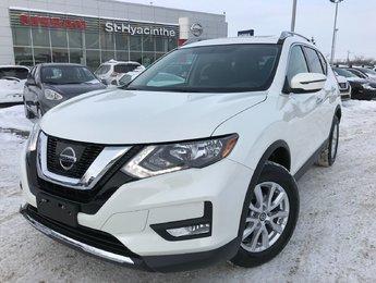 Nissan Rogue 2017 SV 4X4 TOIT OUVRANT CAM DE RECUL JAMAIS ACCIDENTÉ