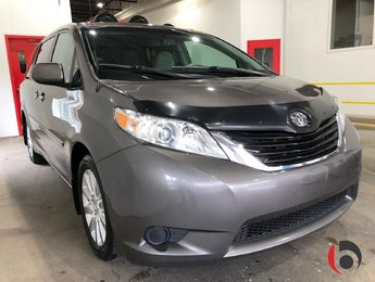 Toyota Sienna 2013 LE 3.5L V6- AWD- 7 PASSAGERS- HITCH- CAMÉRA-!