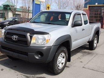 Toyota Tacoma 2011 4X4 MANUEL - HITCH - AUBAINE!!
