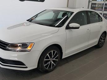 Volkswagen Jetta Sedan 2016 Comfortline, toit ouvrant, caméra recul