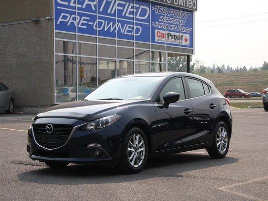 2015 Mazda Mazda3 GS w/Navi **LOW KMS**