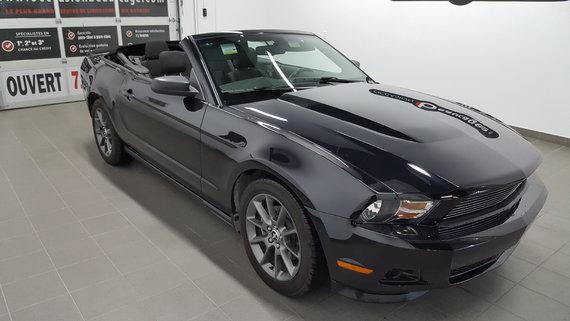Ford Mustang 2012 V6 convertible, bluetooth, régulateur